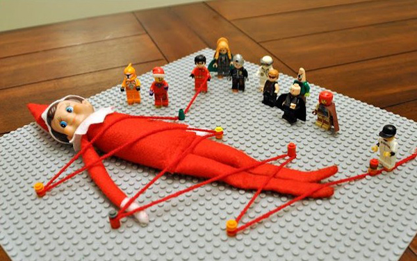 elf-on-the-shelf-Lego_of_that